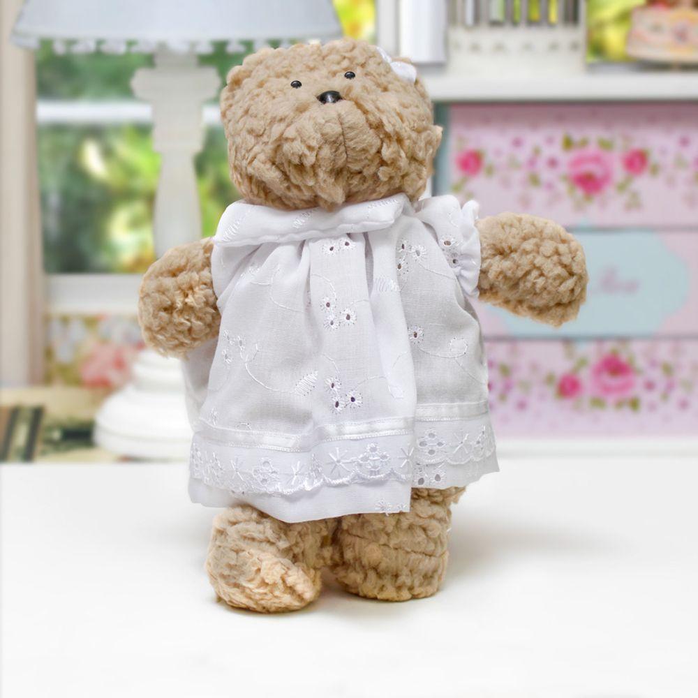 Ursa Lucy Pequena Bege Branco ambientada
