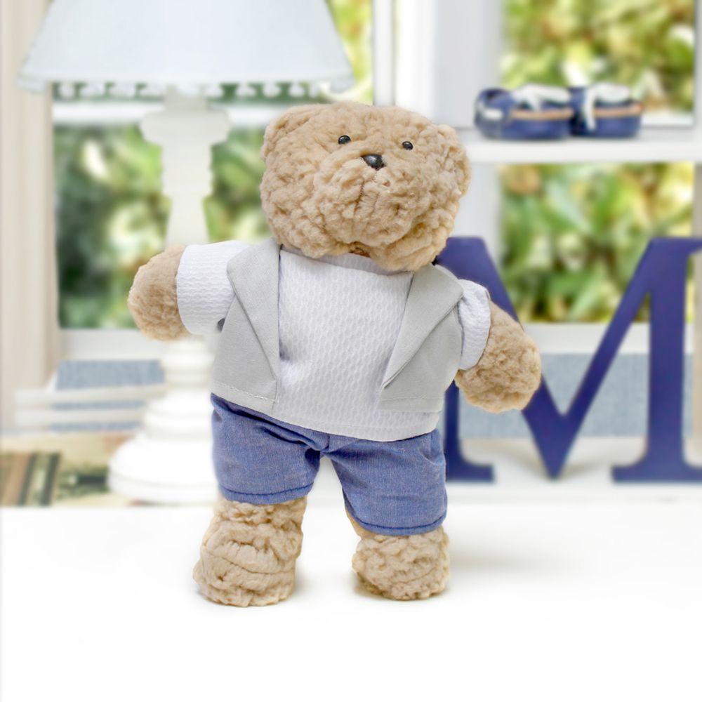Urso Bob Pequeno Bege Cinza ambientada