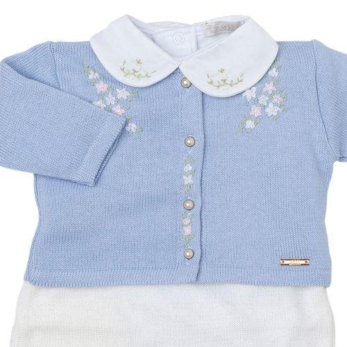 Saída de Maternidade Bordado com Flores Azul Claro 1