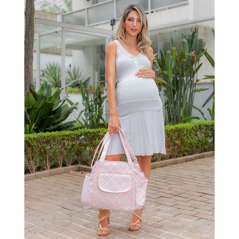 Bolsa Maternidade Geométrica Carol Candy ambientada
