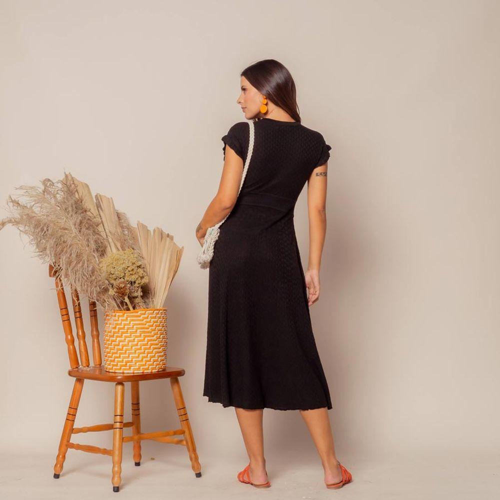 Vestido-Tricot-Manga-Babado-e-Botoes-Preto-5