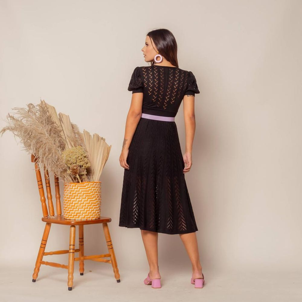 Vestido-Tricot-Transpasse-Escama-Preto-4